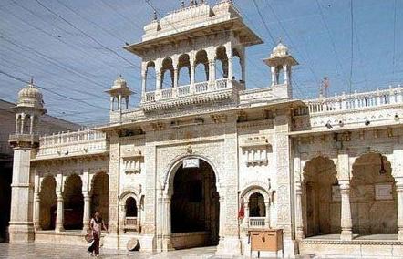 神秘印度圣鼠庙:探究印度人为何供奉老鼠